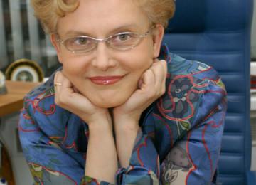 Елена Малышева – доктор, телезвезда, мама