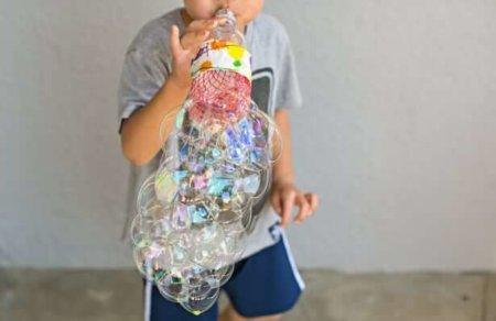 Пузыри из пластиковых бутылок