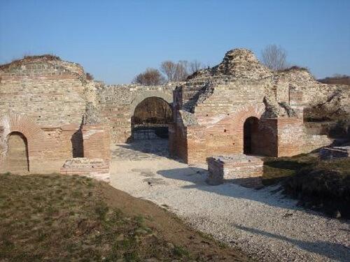 Древнеримские_руины
