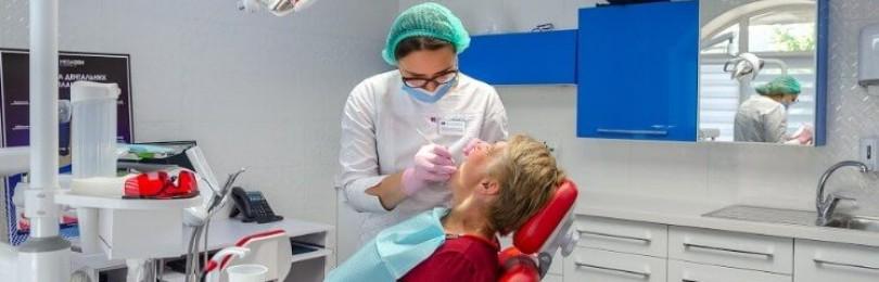 Сколько стоят несъемные зубные протезы?