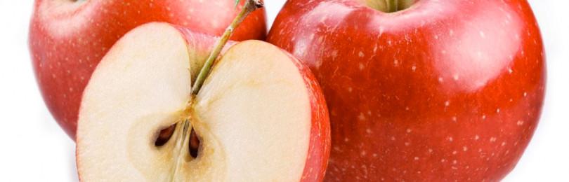 Чем опасно целое яблоко для ребенка