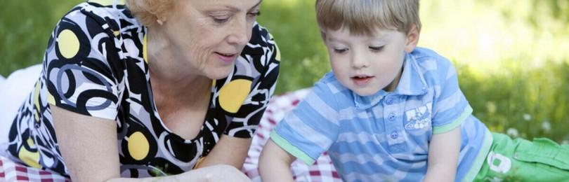 Типы бабушек, «опасные» для детей