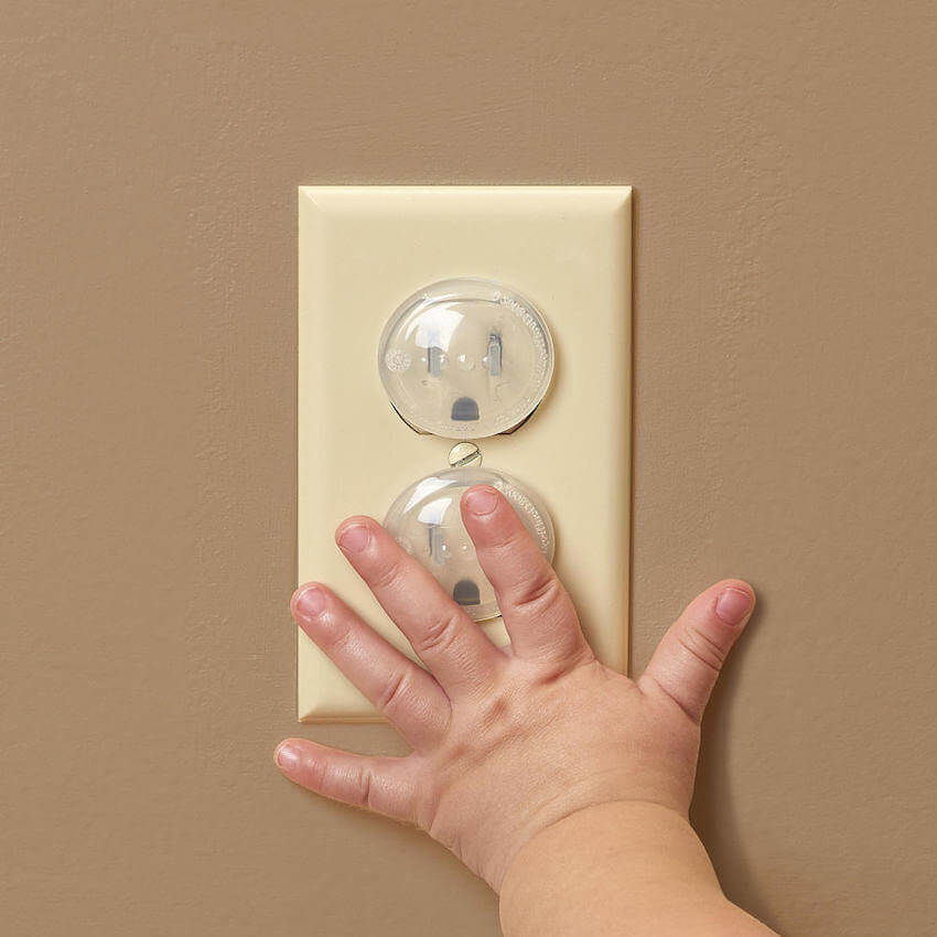 Как обеспечить безопасность в доме для малыша