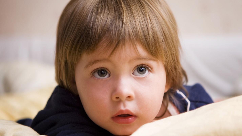 12 симптомов аутизма, на которые нужно обратить внимание