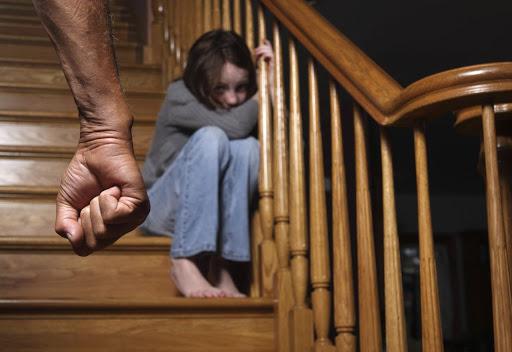 Что чувствует ребенок при жестоком обращении