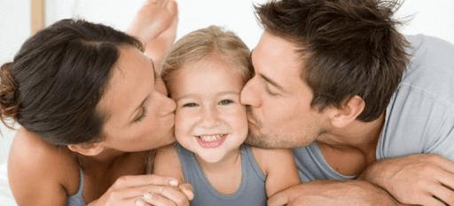 Что делать, если ребенок реагирует на просьбу отрицанием